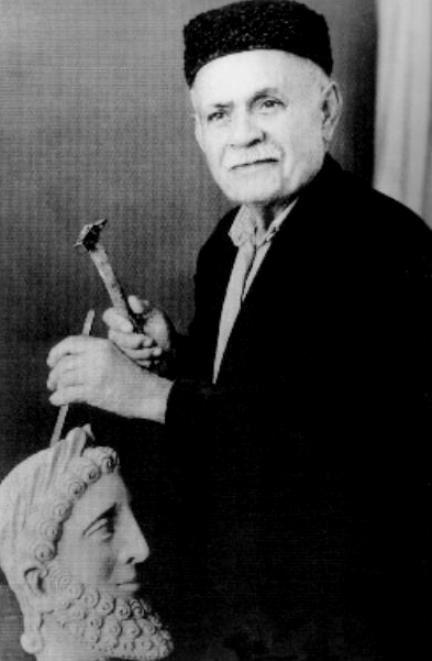 Κάσιαλος Μιχάλης - ὁ Κύπριος λαϊκός καλλιτέχνης ποὺ δολοφονήθηκε ἄγρια ἀπό τοὺς τούρκους εἰσβολεῖς.
