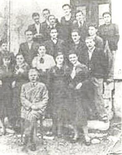 Σιωμόπουλος Κωνσταντίνος Γυμνασιάρχης στην Παραμυθιά εκτελεσθής στις 29-9-1943