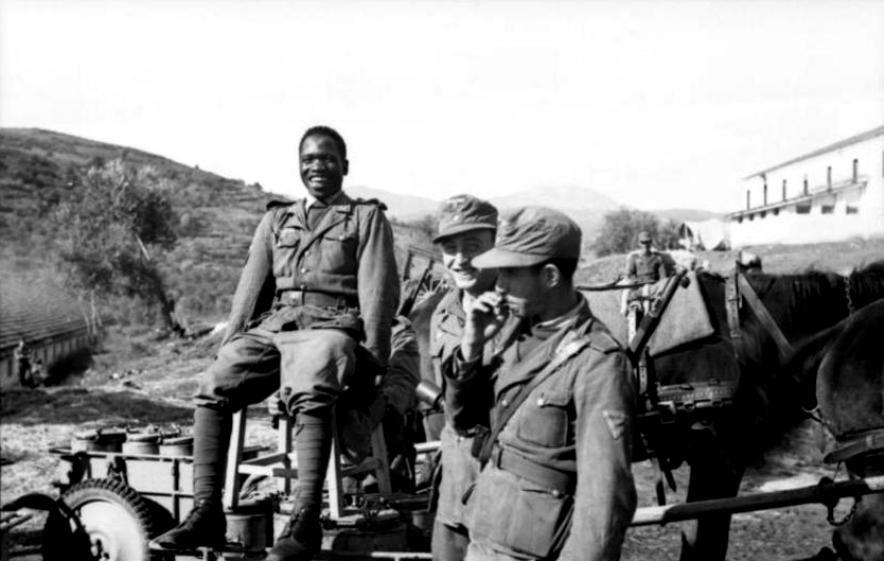 Στρατιώτες τής Αραβικής Λεγεώνας τής Βέρμαχτ. Σεπτέμβριος 1943, Ελλάς υπό Κατοχή. (Soldiers of the Legion Freies Arabien in Wehrmacht, Greece, September 1943.)